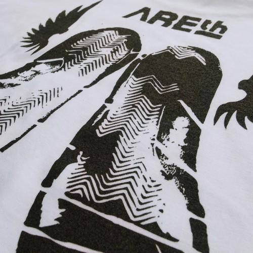AREth-tee-kicks-4